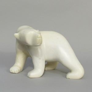 ASHEVAK TUNNILLIE 1956-2018     - Polar Bear  (V16821)